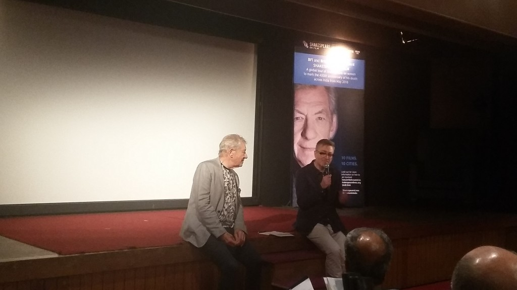 Ian McKellen with Robin Baker at the NCPA Mumbai talking about 'Richard III'